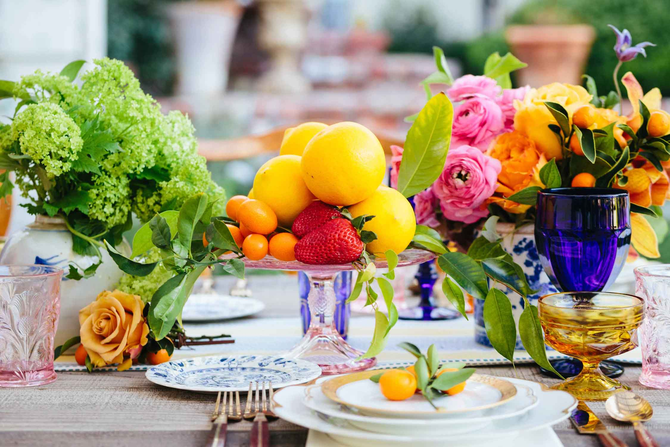 LoveDetailedTablescapes-JodeeDebesPhotography-16